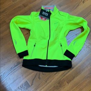 Other - NWT Gore Element Lady Jacket. Wind stopper